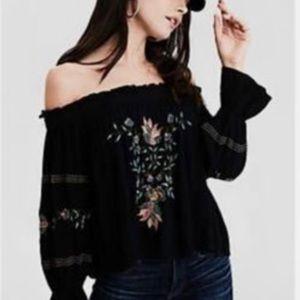 American Eagle Embroidered Off the Shoulder Bohemian Style Blouse - Size Small